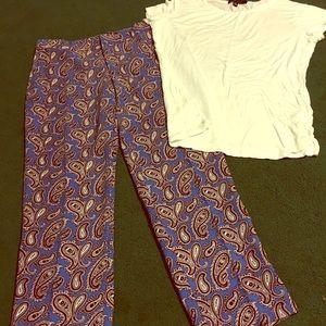 Paisley, Banana Republic ankle pant. White shirt.